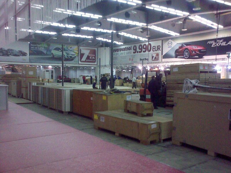 Salon automobila